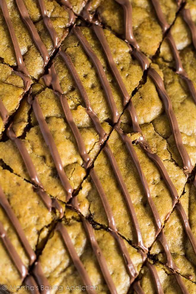Nutella Stuffed Pumpkin Cookie Bars | marshasbakingaddiction.com @marshasbakeblog