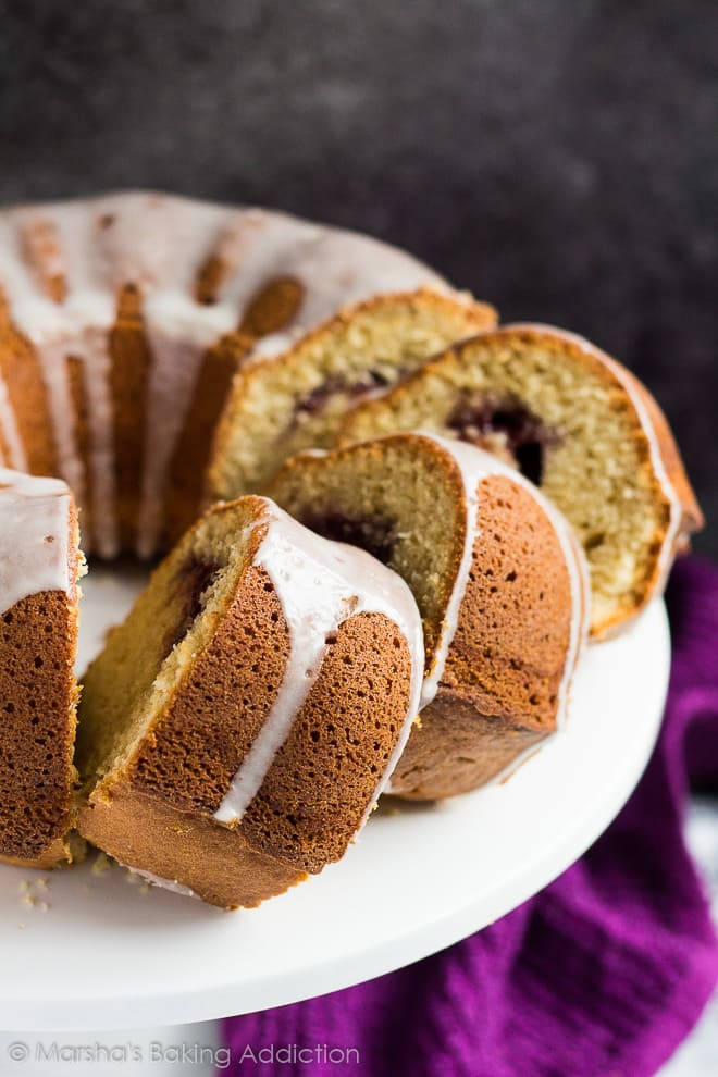 Peanut Butter and Jam Bundt Cake | marshasbakingaddiction.com @marshasbakeblog