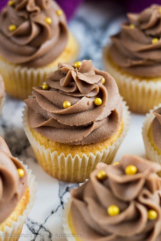 Yellow Cupcakes with Chocolate Buttercream Frosting | marshasbakingaddiction.com @marshasbakeblog