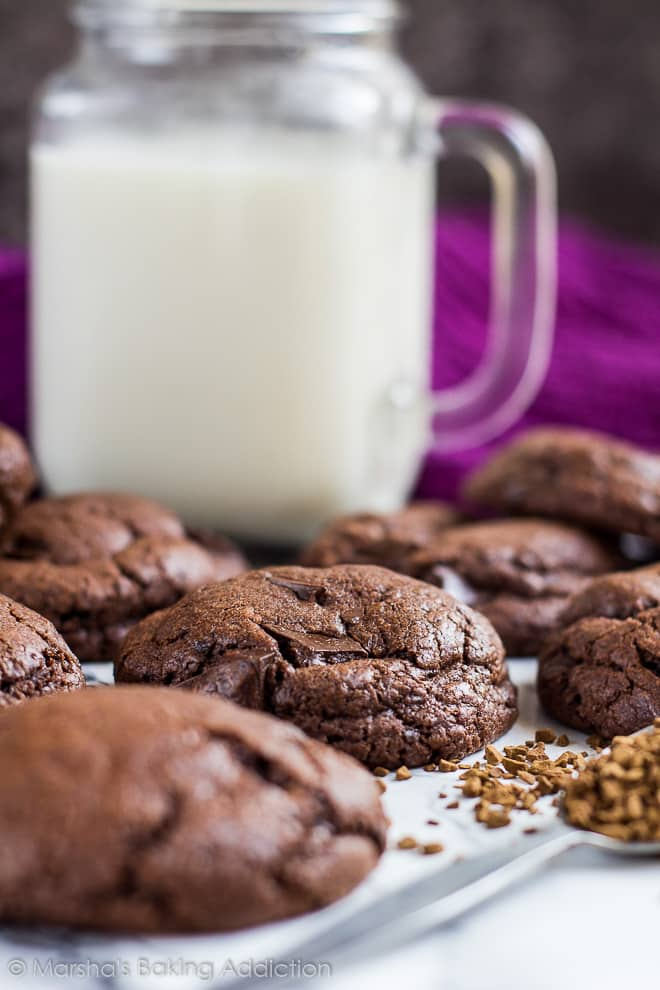 Chocolate Chip Mocha Cookies | marshasbakingaddiction.com @marshasbakeblog