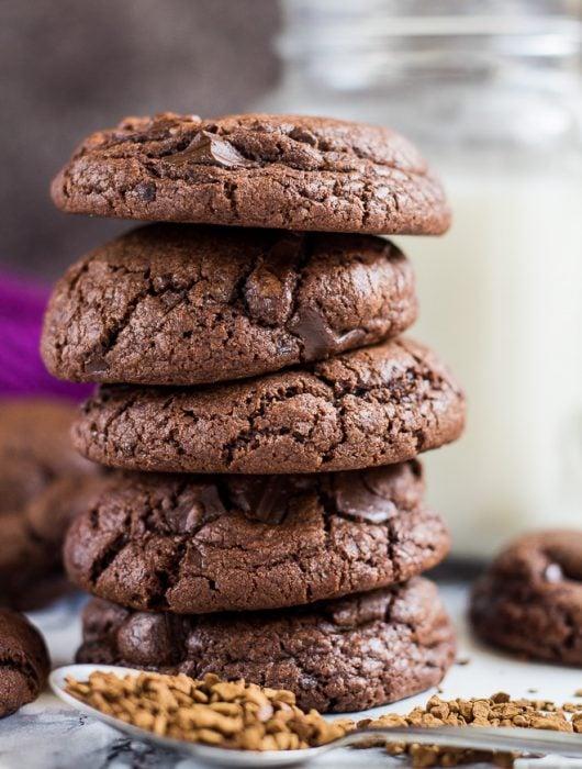 Chocolate Chip Mocha Cookies   marshasbakingaddiction.com @marshasbakeblog