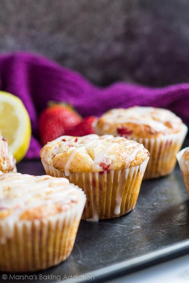 Strawberry Lemon Muffins | marshasbakingaddiction.com @marshasbakeblog