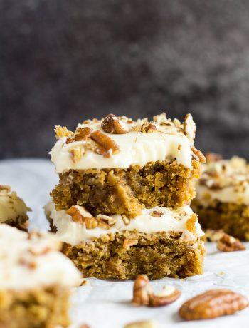 Carrot Cake Blondies | marshasbakingaddiction.com @marshasbakeblog