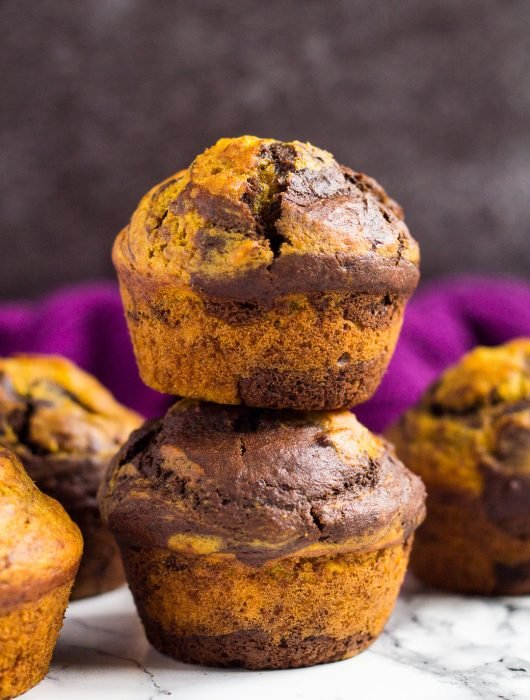 Pumpkin Chocolate Muffins | marshasbakingaddiction.com @marshasbakeblog