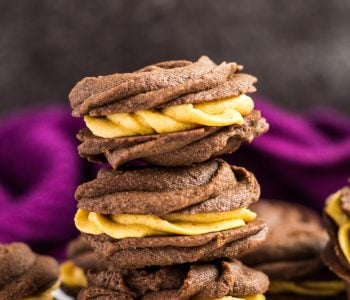 Chocolate Pumpkin Viennese Whirls | marshasbakingaddiction.com @marshasbakeblog
